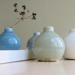 kleine Steingut Vase mit 'craquele' Glasur-1059