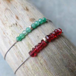 feines Armband Jade oder Granat mit Silberdetail-2986