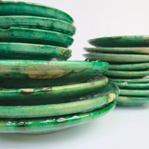 grüne Keramik Teller - besonderer Grünton-4020