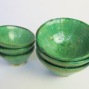 grüne Keramik Schale - hellerer Grünton-3410