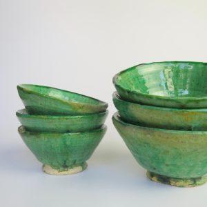 grüne Keramik Schale - hellerer Grünton-0