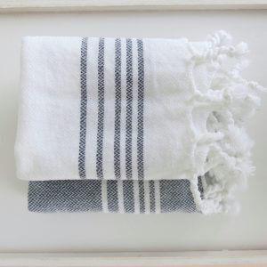 Baumwoll Gästetuch - weiß mit farbigen Streifen-4300