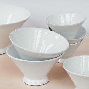 trichterförmige Keramik Schale-2031
