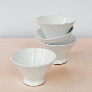trichterförmige Keramik Schale-2040