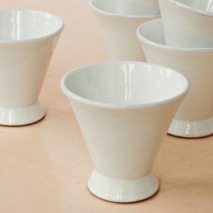 trichterförmige Keramik Schale-2042