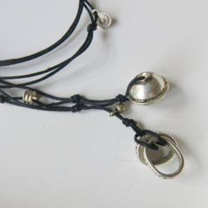 Kette mit Berber Silberperle und ovalem Silber-Ring-2798