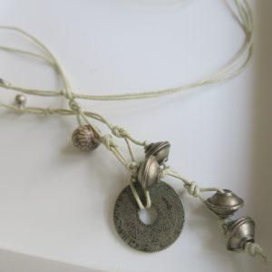 Unikat-Kette mit alter Münze und Berber Silberperlen-2774