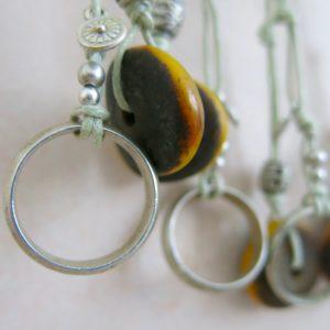 besondere Kette mit vintage Berber Ring und Harzperle-1538