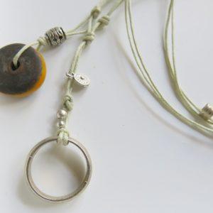 besondere Kette mit vintage Berber Ring und Harzperle-1541