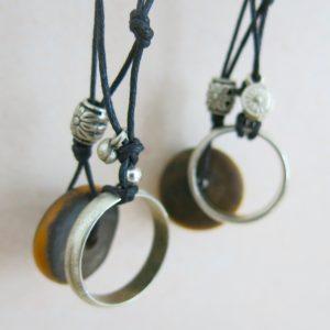 besondere Kette mit vintage Berber Ring und Harzperle-1549