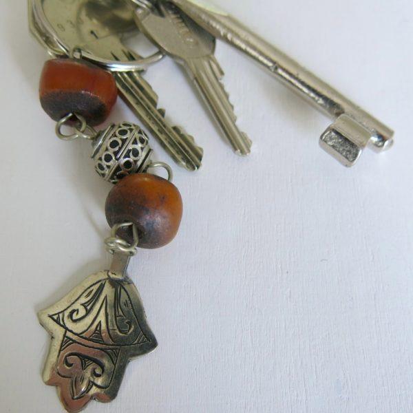 Schlüsselanhänger mit silberner 'main Fatima'-0