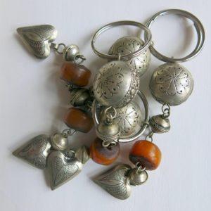 Schlüsselanhänger mit silbernem Mini Herz-1678