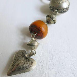 Schlüsselanhänger mit silbernem Mini Herz-0