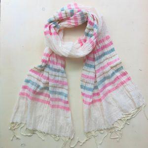 Schal aus feiner Baumwolle in Pastelltönen-3607