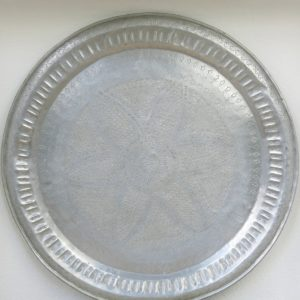 echt-vintage Aluminium Tablett - 'Waddah'-0