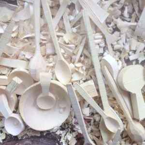 handgefertigte Holzschale aus Zitronenholz-393